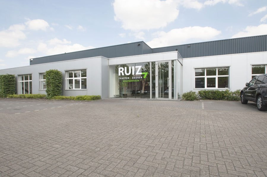 Ruiz wood technics toonzaal Limburg
