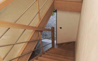 eiken houten trap met inox balustrade nieuwbouw Limburg